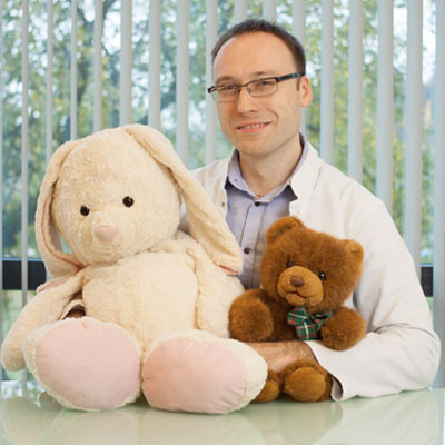 Dr. Adrian Litewka, pediatric surgeon,resident
